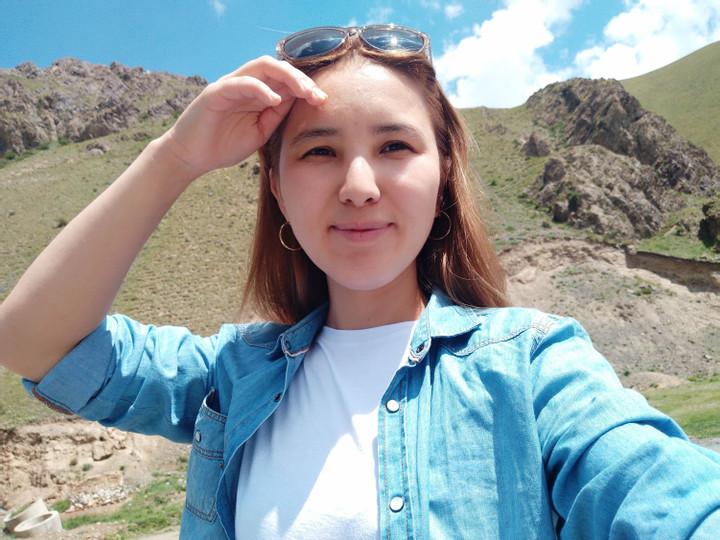 Курманжан Султанова
